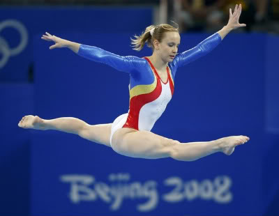 floor gymnastics splits. sandraizbasabbreutersjpg floor gymnastics splits