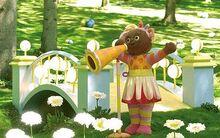 Upsy daisys horn