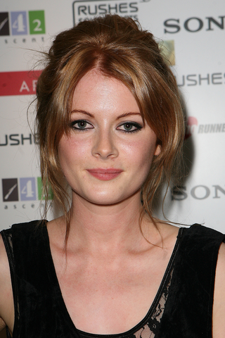 File:Emily Beecham.png