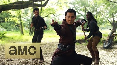 Official Comic Con Trailer Into the Badlands World Premiere-0