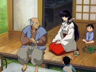 Anciano de la aldea de Suikotsu mano restaurada