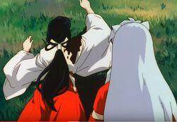Kikyo es atacada