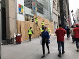 Microsoft Store 5th Avenue boarded 2020-06-02 workers