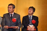 Morikawa recieving 43 Award with Kenshi Hirokane