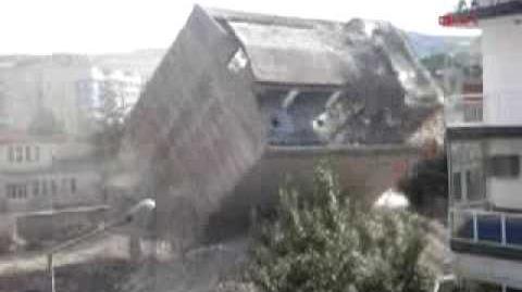 Building Demolition in Turkey Bina Yikimi