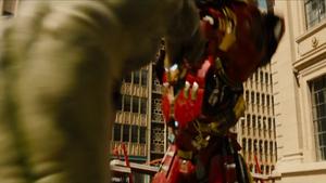 Avengers Trailer 023