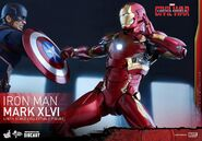 Civil-War-Iron-Man-Mark-46-Diecast-002