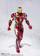 Civil-War-Iron-Man-SH-Figuarts-001