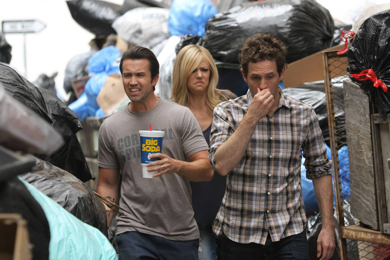 Always Sunny In Philadelphia Clips the gang recycles their trash | it's always sunny in
