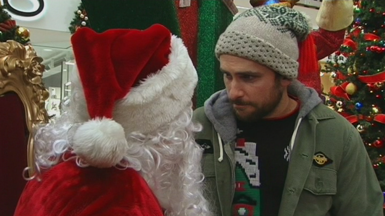 Image - A Very Sunny Christmas (27).png | It's Always Sunny in ...