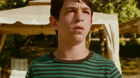 Diary of A Wimpy Kid Dog Days - Official Trailer (2012) HD