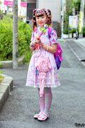 Harajuku-Decora-Fashion-Walk-15-040-300x450