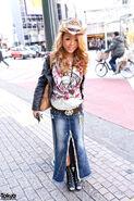 Shibuya-Gyaru-Denim-Skirt-2012-02-19-G4518