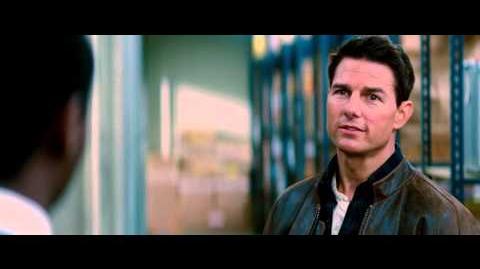 Jack Reacher Official Movie Spot Army Cop
