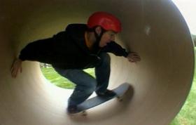Full Pipe Skating