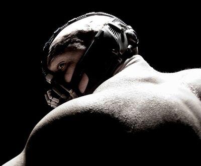 Tom Hardy Bane Dark Knight Rises-600x497