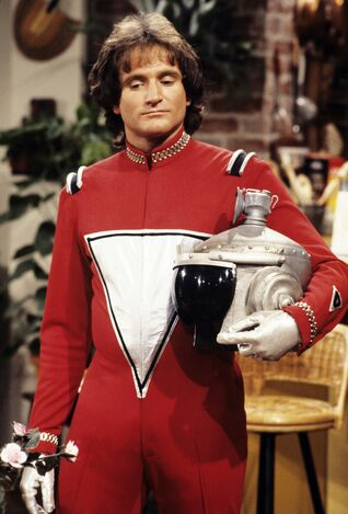 Robin-williams-mork-mindy-spacesuit