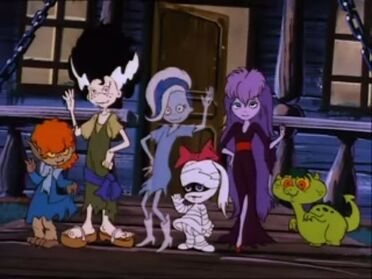 Scooby Doo And The Ghoul School 0001