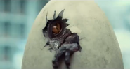 Indominus-Rex-hatching-from-egg-in-new-Jurassic-World-TV-promo