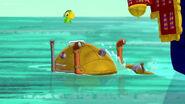 Crab Bot&Skully-SharkAttack01