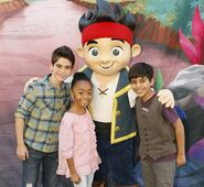 Jake & Jessie Cast02