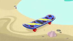 Skateboard-Off the Hook