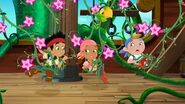 Jake&crew-Hook's Playful Plant!18