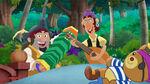 Captain Cuddly Sharky&Bones-Hook's Treasure Nap01