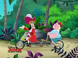 Hook&Smee-Free Wheeling Fun06