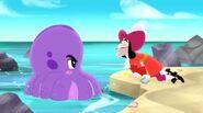 Hook&Octopus-Bones' Lucky Doubloon!01