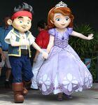 Jake&Sofia-Disney Parks01