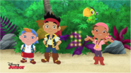 Grab gold doubloons with Pirate Team - Trouble on the high sneeze