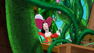 Hook-Hook's Playful Plant!16