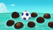 Soccer ball-The Race to Never Peak!