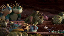 640px-Gift-night-fury-disneyscreencaps com-1445