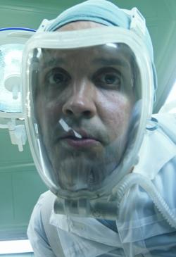 Медтехник-мужчина (Люк Хоукер)