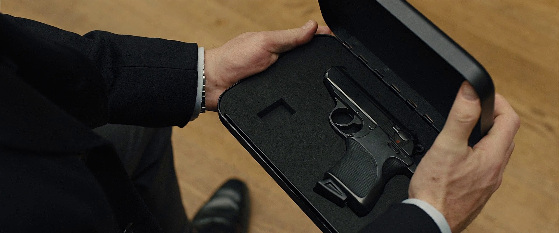 Walther PPK/S | James Bond Wiki | FANDOM powered by Wikia