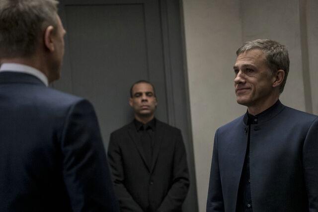 File:Spectre - Bond and Oberhauser meet.jpg