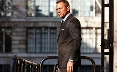 Skyfall-james-bond-daniel-craig