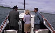 James Bond, Tatiana et Rhoda dans le bateau