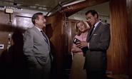 James Bond, Kerim, Tatiana et les faux papiers