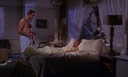 Tatiana rencontrant Bond dans la chambre