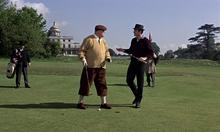 Goldfinger et Bond au golf