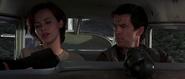 Natalya et Bond dans l'hydravion