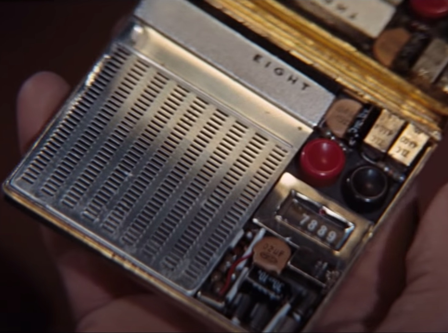 Gadgets - TB - Remote