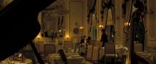 Vesper dînant avec Bond