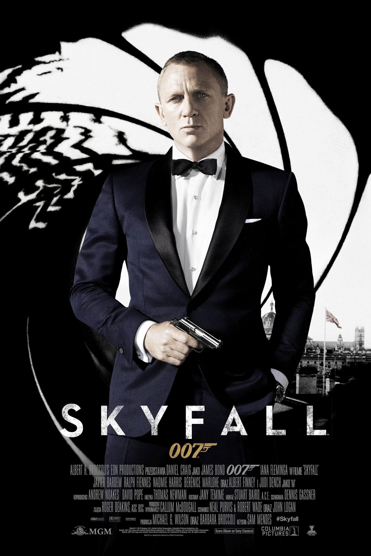 ファイル:UK Skyfall Poster.jpg