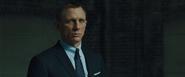 James Bond l'assistant
