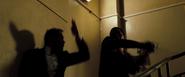 James Bond contre Steven Obanno