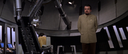 Drax ordonnant le lancement de la première sphère